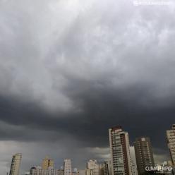 Fevereiro raro em São Paulo: chuva supera os 400 mm em 25 dias