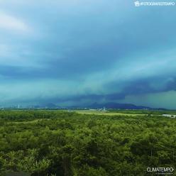 Quinta-feira com muita chuva sobre o Brasil