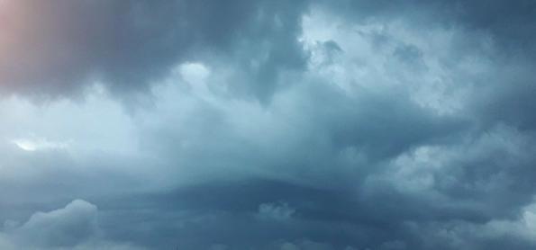 Frente fria aumenta a chuva sobre o Sul do Brasil