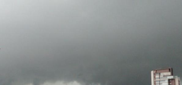 Chuva forte deixa Grande SP em atenção para alagamentos