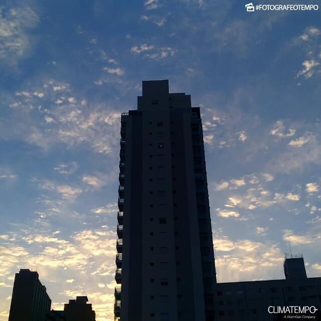 SP_SãoPaulo_PaulaSoares_30072019_sol_nuvens