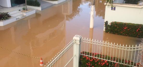 Cheia dos rios no leste de MG, ES e norte do RJ ainda preocupa