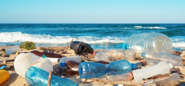 Como satélites têm conseguido detectar plástico nos oceanos