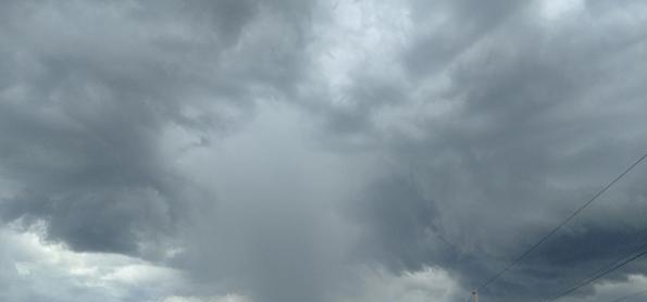 Terça-feira com pancadas de chuva em quase todo o Brasil