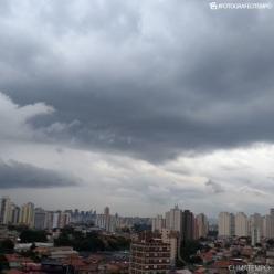 Segunda com ar abafado e temporais em vários estados do Brasil