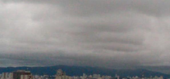 Chuva avança por São Paulo na noite desta quinta-feira