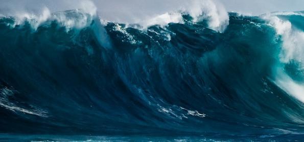 Risco de ressaca no litoral da Região Sudeste