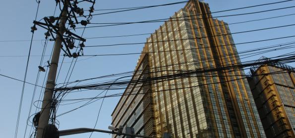 Especialista alerta para os perigos das redes elétricas aéreas