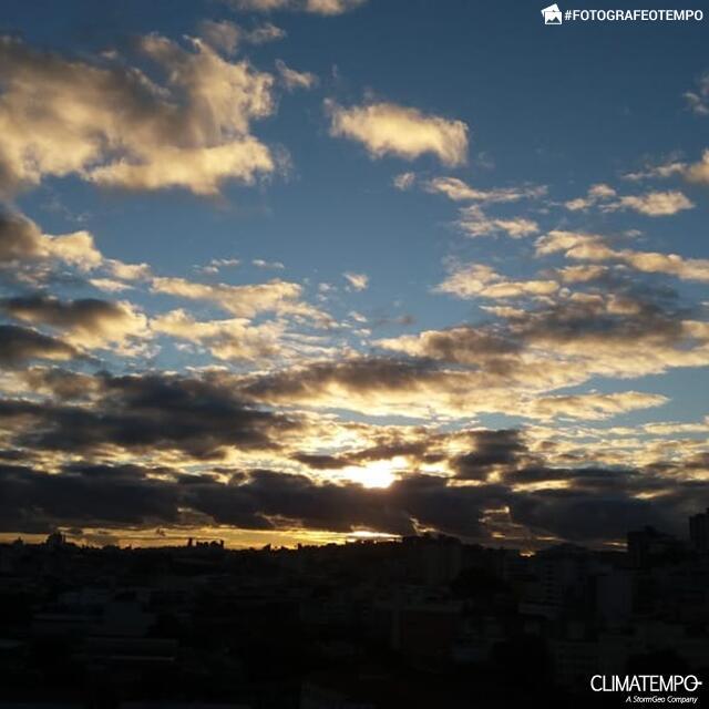 MG_Belo-Horizonte-por-Vanessa-Gehm-24-7-2020-fim-de-tarde