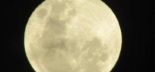 Outubro de 2020 termina em Blue Moon
