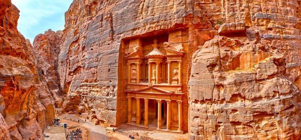 Tudo que você precisa saber sobre os costumes locais da Jordânia