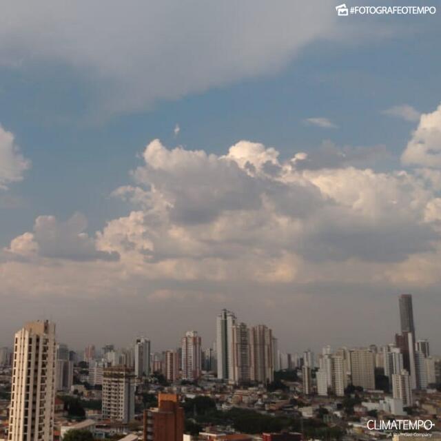 SP_São Paulo por Angela Ruiz 30-9-2020 calor intenso_post