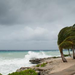 Ciclone provoca ventania no fim de semana