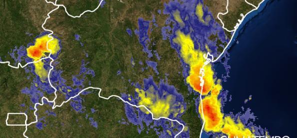 Tempestade no litoral da Bahia