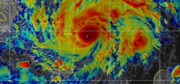 Cientistas apontam causas para recorde de furacões no Atlântico