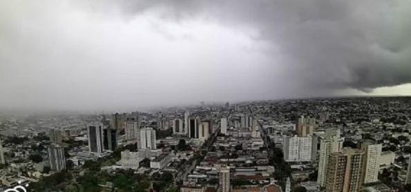 Grandes áreas de instabilidade ainda crescem sobre o Brasil