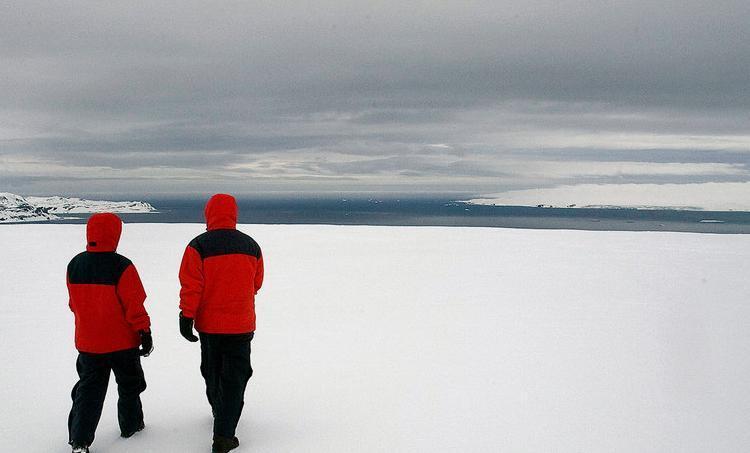 ONU/Eskinder Debebe O buraco de ozônio na Antártida atingiu recordes no ano passado, mas fechou no final de dezembro após uma temporada excepcional