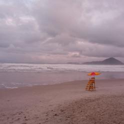 Mar muito perigoso e ressaca de Florianópolis ao Rio de Janeiro