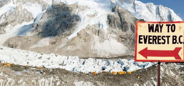 Manual ajuda a promover o turismo sustentável no Monte Everest