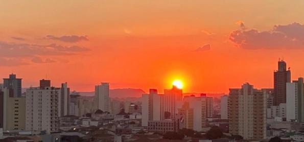 Quarta-feira seca e com temperaturas em elevação no Brasil
