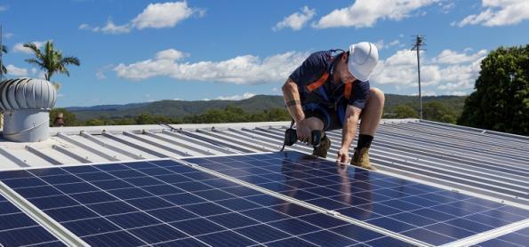 Procura por projetos de energia solar aumenta com crise hídrica