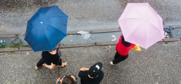 Chove forte no Norte do país com risco para temporais