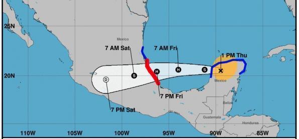 Grace ganha força e atinge leste do México como furacão