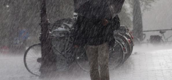 Alerta de temporais no norte do RS, em SC e sul do PR