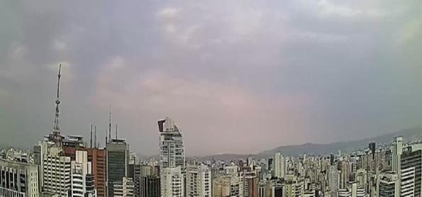 Quinta-feira com ar frio e úmido em São Paulo