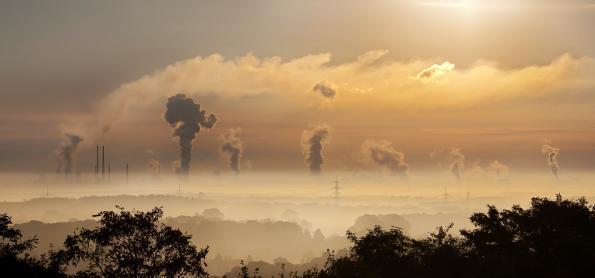 A Umidade Relativa do Ar nos Setores de Construção e Mineração