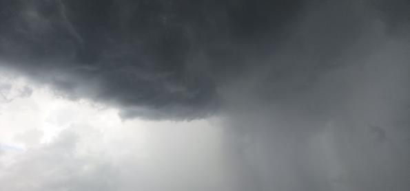 Nova frente fria traz chuva forte para a Região Sul