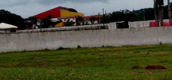 Pequeno funil em Palmeiras de Goiás