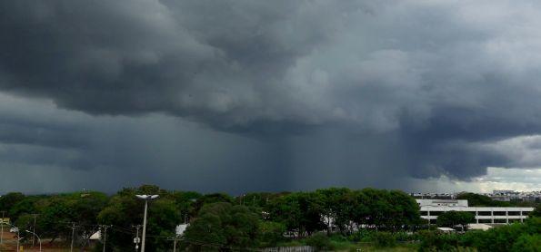 Chuva em Brasília