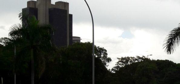 Tarde de chuva em Brasília