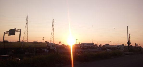 Sol nascente em Sumaré- SP.