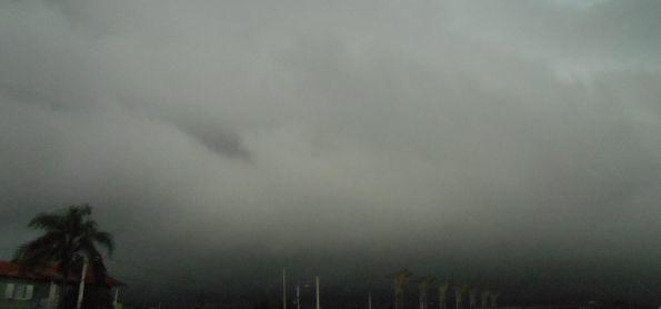 Chuva chegando aqui em Santa Maria