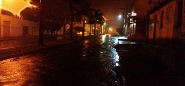 PANCADA DE CHUVA EM  BARRA DA ESTIVA - CHAPADA DIAMANTINA - BAHIA