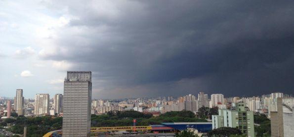 Temporal à vista na capital paulista
