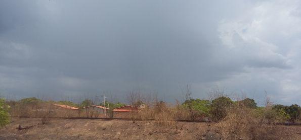 Sol com chuva
