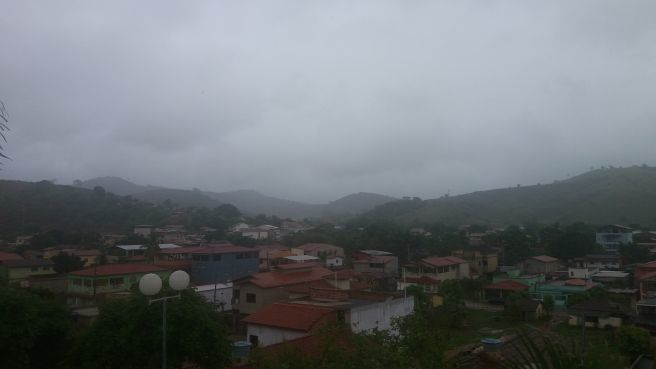 Dia chuvoso em Capitão Andrade - MG