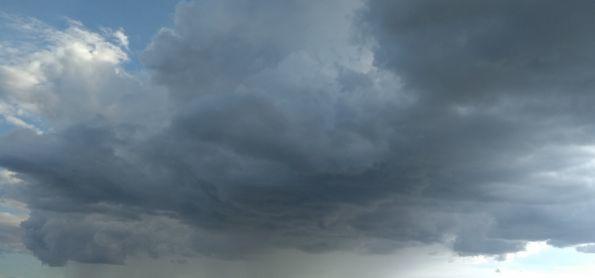 Fim de tarde com pancada de chuva em São Joaquim da Barra/SP