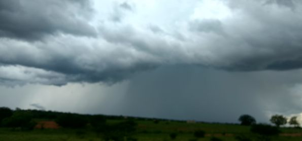 Muita chuva em Lagoa Real