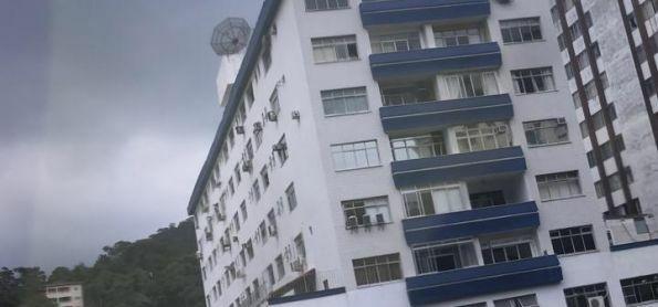 Começando a chover em Petrópolis