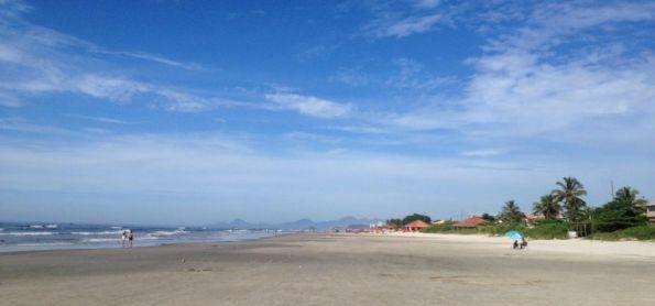 Céu azul em Itanhaém