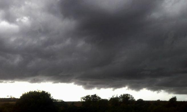 Nuvens carregadas - Categoria - Notícias Climatempo 5753d740049aa