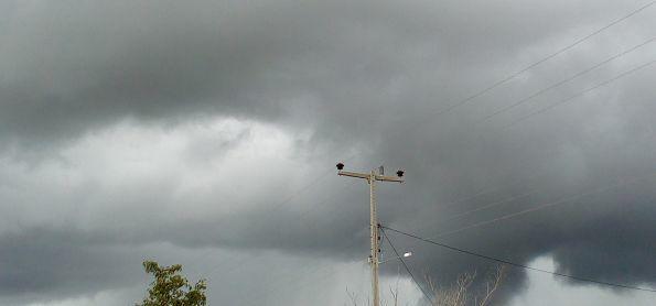Tempo chuvoso em Paratinga