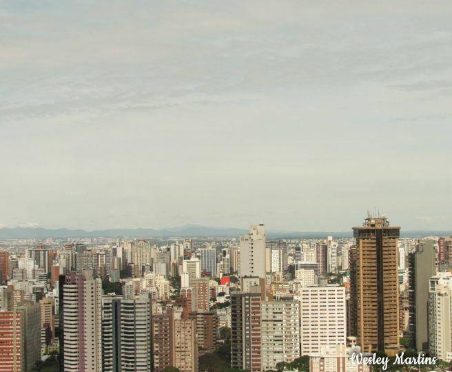 Tarde de Sábado com temperatura agradável em Curitiba PR