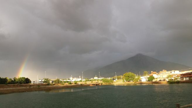 Chuva passageira em Governador Valadares MG