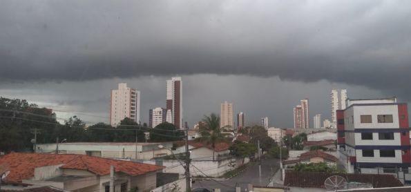 Chuva em Feira de Santana
