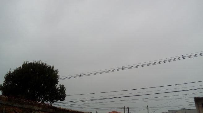 Depois de muitos dias seco em curitiba a chuve veio de manha. Moderada